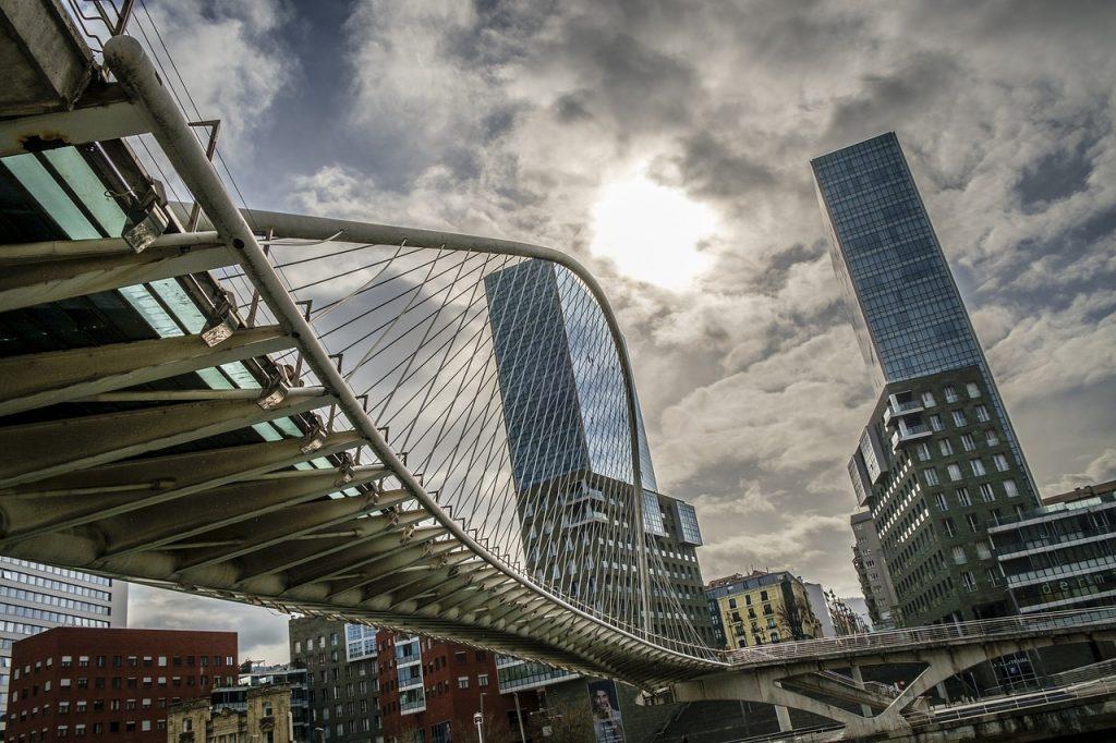 que ver en bilbao en un dia puente de calatrava