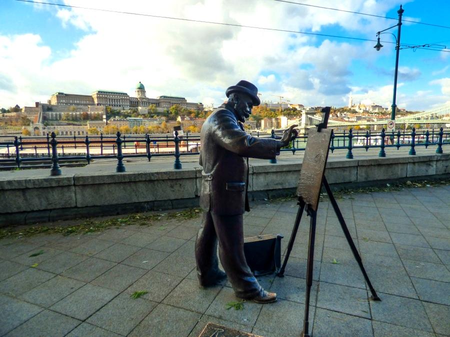 Escultura pintor Budapest